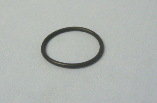 A026S0086A O RING, STROMBERG CARBURETTOR MOUNTING PLATES to MANIFOLD