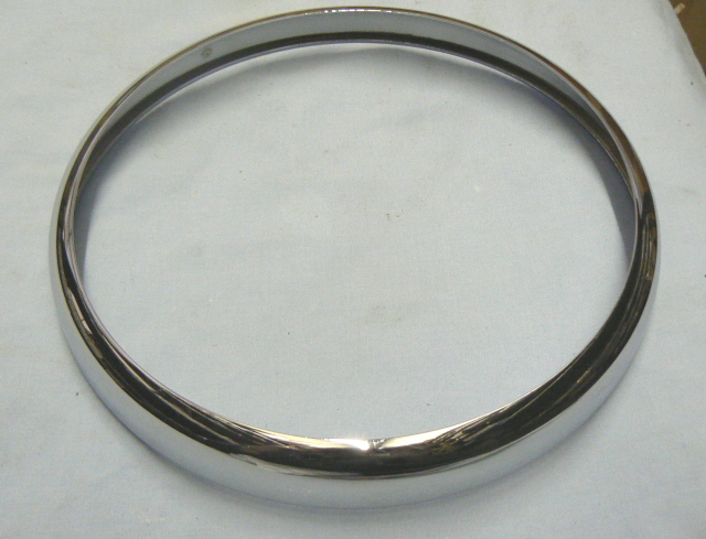 A036M6036Z CHROME HEADLAMP BEZEL